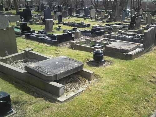 prescot_cemetery_grave_4