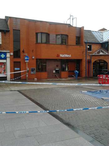 natwest_prescot_bank_robbery_photo