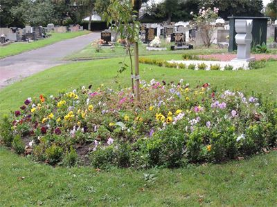 prescot_cemetery_churchyard_10