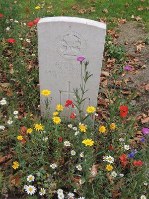 prescot_churchyard_soldier_grave