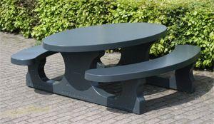 eaton-street-park-bench